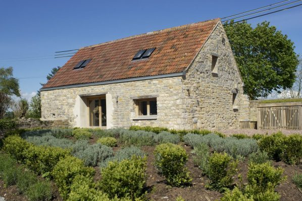 Eco barn conversion on the Somerset Levels, incorporating renewable and green technologies, coupled with extensive environmental features. eco barn. barn conversion. sustainable. sustainability. Somerset Levels. renewable. green technologies. environmental features.