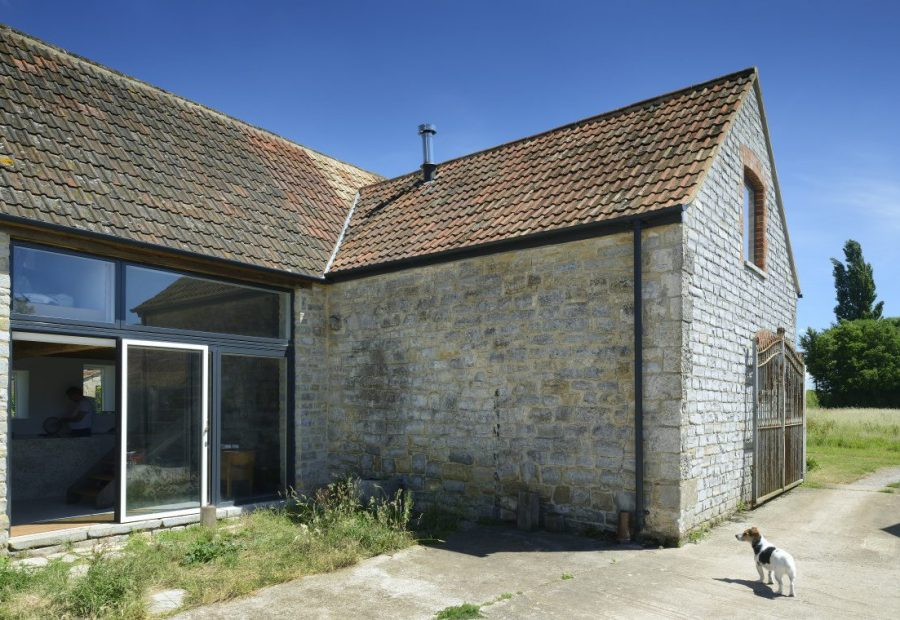 A sustainable listed barn conversion on the Somerset Levels by the creative O2i Design Ltd